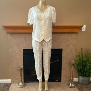 ❤️ Partners Mervyns Vintage 2 Piece Satin Pajamas